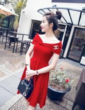 Đầm xòe rớt vai màu đỏ - A9115