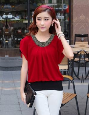 Áo kiểu nữ màu đỏ cổ tròn đính cườm - A9745