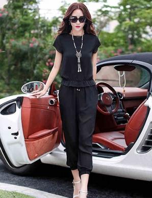 Bộ đồ màu đen nhún eo thời trang - A9999