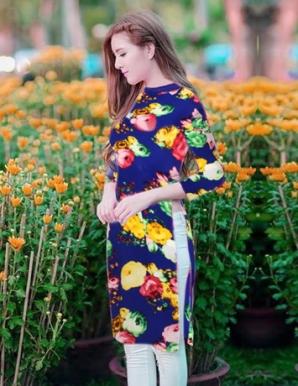 Áo dài cách tân nền xanh hoa ngũ sắc - B0026