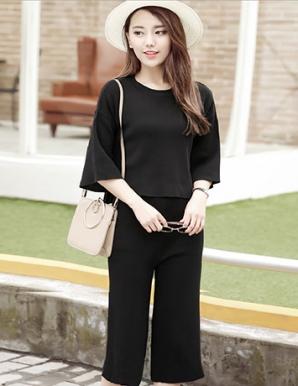 Sét đồ bộ lửng thời trang màu đen - B0125