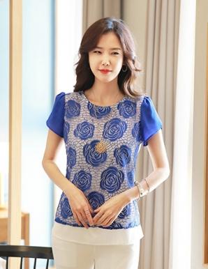 Áo kiểu màu xanh phối ren hoa hồng tay búp - B0512