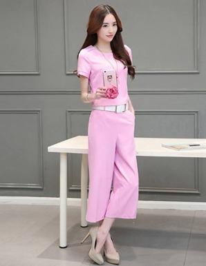 Set áo croptop quần ống rộng màu hồng - B0791