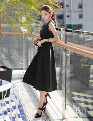 Đồ bay giả váy màu đen - B2570