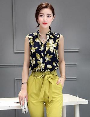 Áo kiểu cổ trụ họa tiết hoa - B2749
