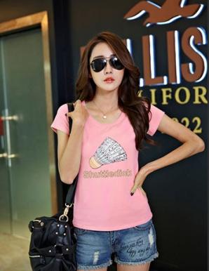 Áo thun teen hình cầu lông màu hồng - B2817