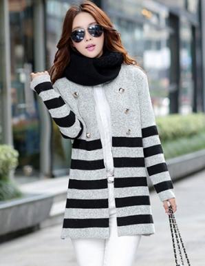 Áo khoác len sọc màu xám phối nút - B2885