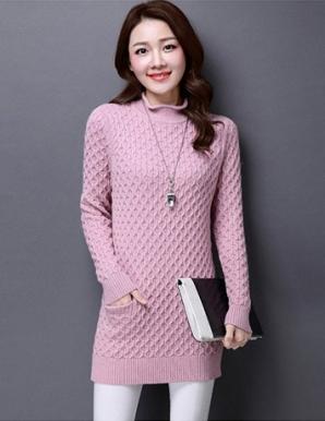 Áo len form dài hai túi cổ cao màu hồng - B3008