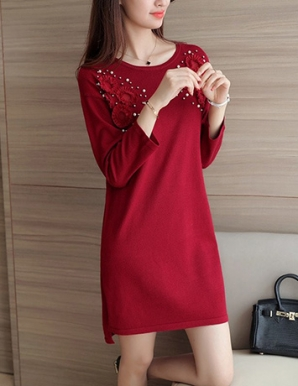 Đầm len suông phối hoa màu đỏ - B3233