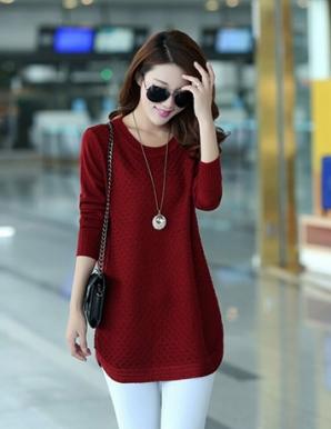 Áo len form dài màu đỏ vạt bầu - B3347