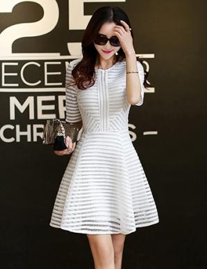 Đầm xòe dự tiệc phối ren màu trắng - B3569