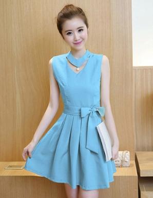 Đầm xòe phối nơ cổ cách điệu màu xanh - B3660