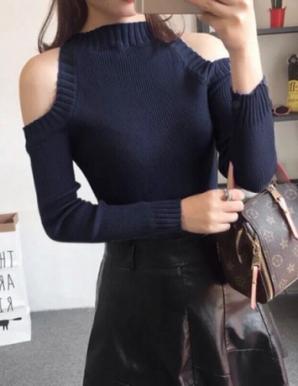 Áo len ôm cut out vai màu xanh đen - B3872