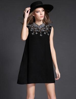 Đầm suông đen A đính pha lê- B4426