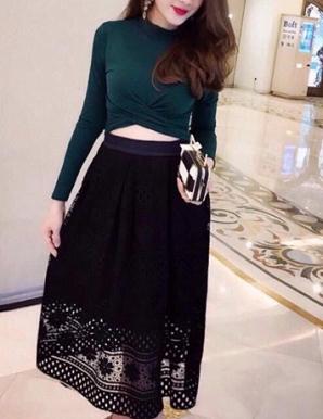 Chân váy ren ô hotgirl màu đen - B4935
