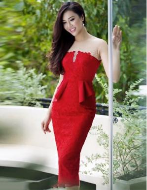 Đầm ren nổi cúp ngực màu đỏ - B5316