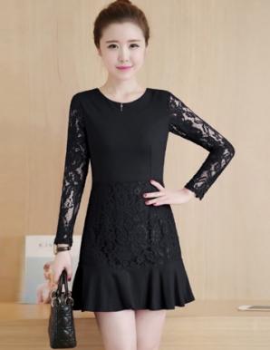 Đầm suông phối ren tay màu đen- B5474