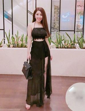 Set áo croptop chân váy maxi xẻ màu đen - B5779