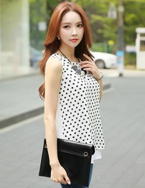 Áo kiểu sát tay màu trắng bi đen - B6775