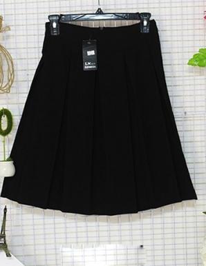 Chân váy xòe  xếp ly màu Đen-B6796