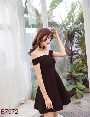 Đầm xòe bẹt vai đáng yêu- B7972